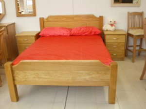 Trendy Style Bed