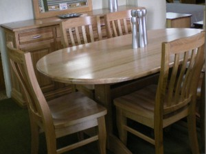 Oval Dining Room Table